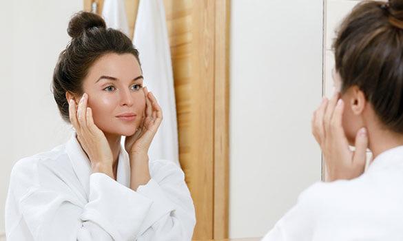 J'ai la peau sèche (et sensible), comment l'hydrater efficacement (et en douceur) ?