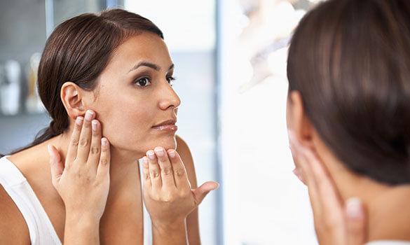 J'ai la peau mixte à grasse, comment l'hydrater efficacement (et en douceur) ?